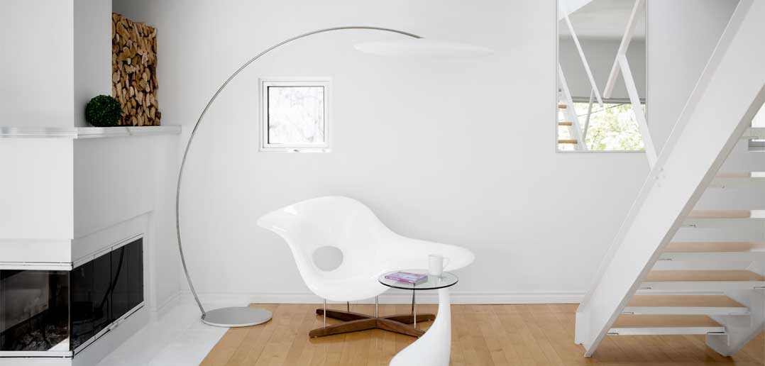 Calm Space: Designer stills Chaos with Clean Minimalism
