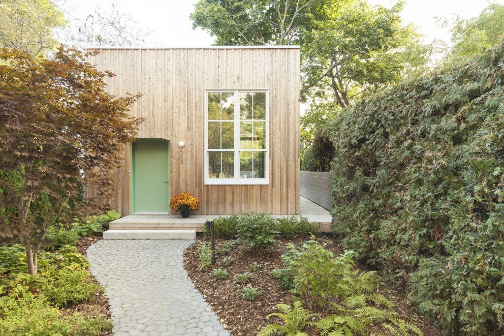 St Lambert small home design